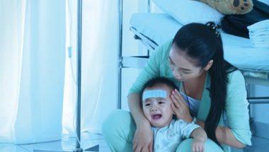 trẻ bị tiêu chảy khi dùng kháng sinh