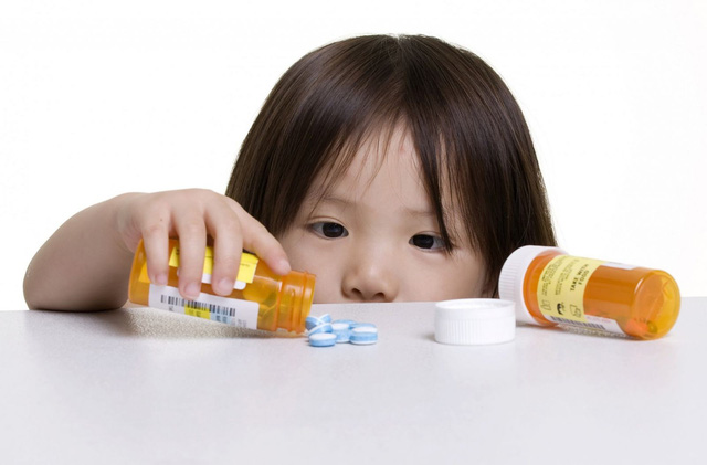 Hình ảnh: Cứ 5 trẻ thì có 1 trẻ bị tiêu chảy do kháng sinh