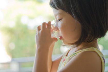 Bé 0-5 tuổi bị tiêu chảy, 4 nhóm thuốc hàng đầu bất kỳ cha mẹ nào cũng cần biết