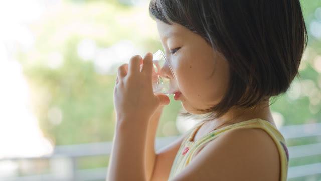 Hình ảnh: Bổ sung Oresol thẩm thấu thấp là yêu cầu quan trọng khi bé tiêu chảy